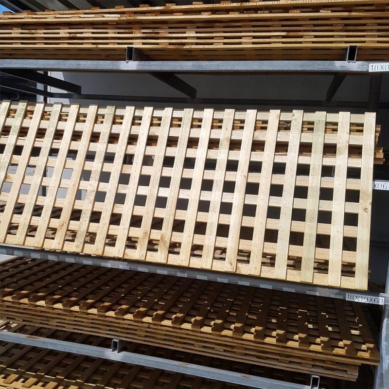 Square Lattice 42mm 3000 x 900
