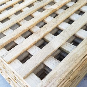 Pencil Round Square Lattice 2700 x 900 x 42