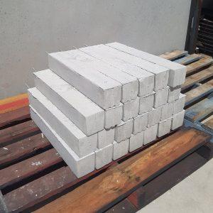 Concrete Stump 100 x 100 x 0.6 Threaded Rod