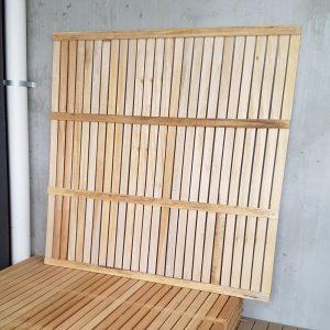 Hardwood Screen Screwed 1800 x 1800